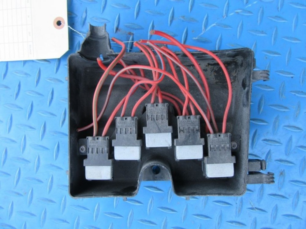 medium resolution of bentley flying spur relay junction fuse box holder 6491