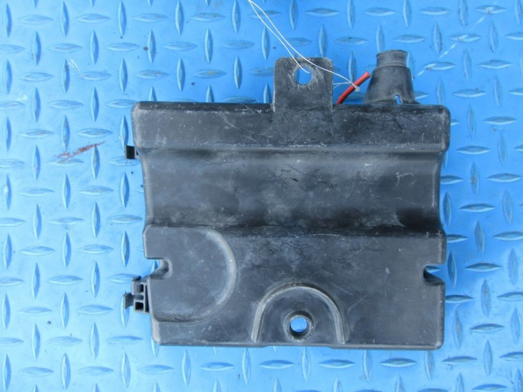 hight resolution of bentley flying spur relay junction fuse box holder 6491