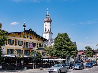 Garmisch ist durch die vielen Autos stark belastet. Der Wanktunnel ist in Planung. // Foto: alpintreff.de, Christian Schön