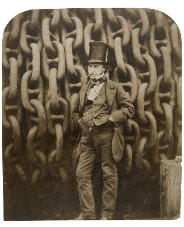 Brunel ante las cadenas de amarre del Great Eastern.