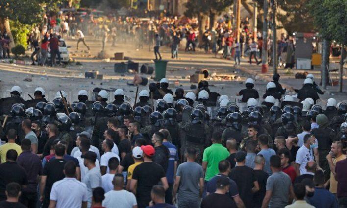 """صحيفة عبرية: ما تداعيات """"وفاة"""" الناشط المعارض """"نزار بنات"""" على الساحة الفلسطينية؟"""