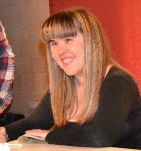Entrevista a Ana Esmeralda P. Recuenco, poetisa