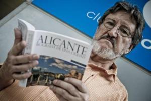 Entrevista a Miguel Ángel Pérez Oca, alicantinista, divulgador,escritor e historiador