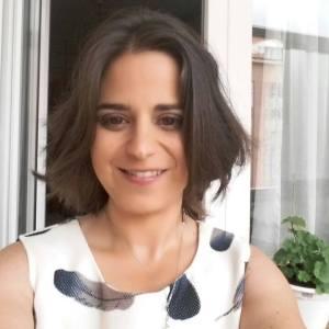 Lucy Solen y su nueva novela, El embrujo de Granada