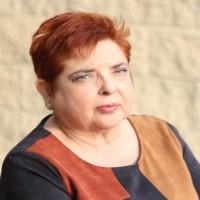 Entrevista a Avelina Chinchilla, escritora