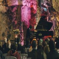 La cueva de los sueños por Héctor Plácido