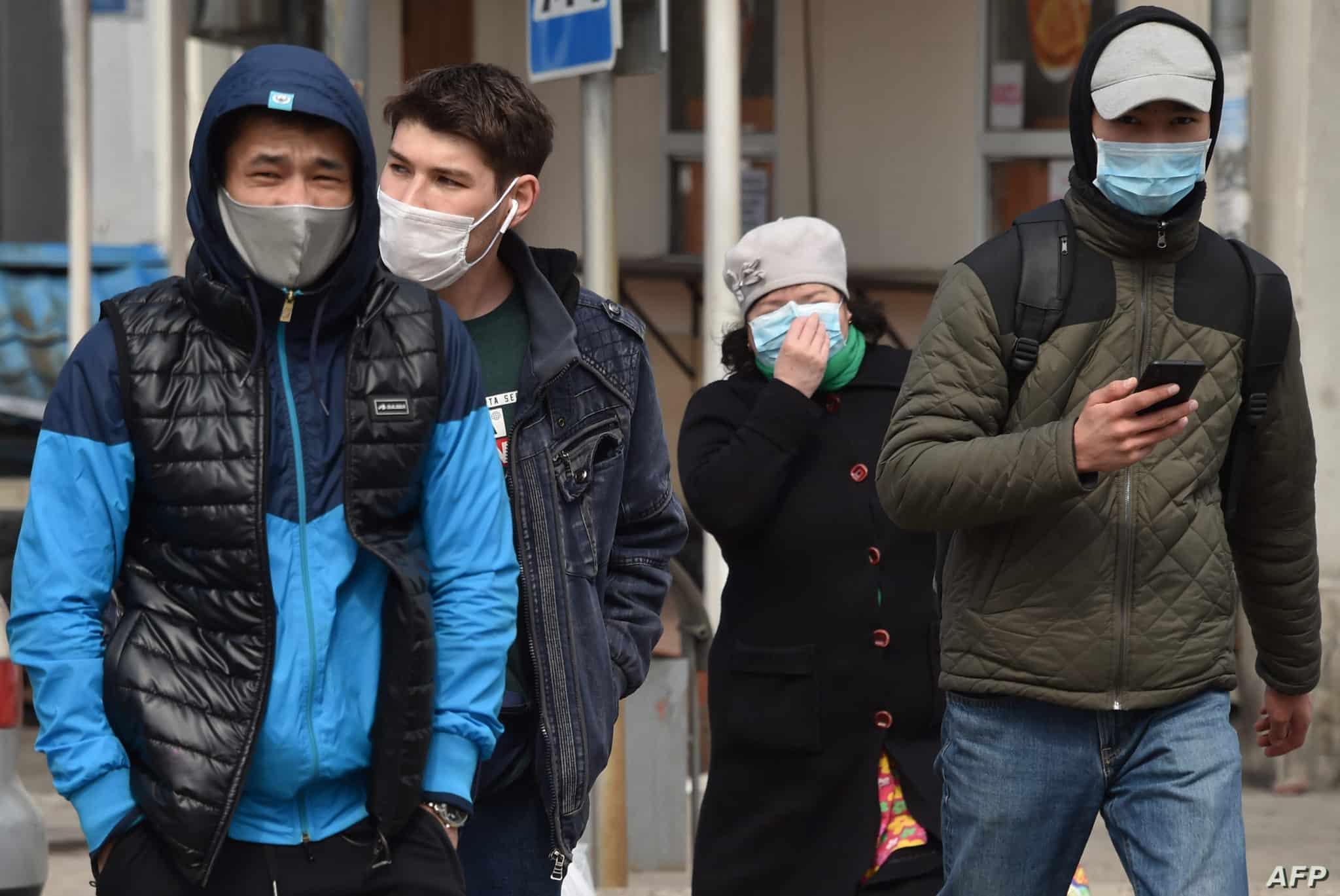 أقنعة الوجه تحميك بالكاد من فيروس كورونا