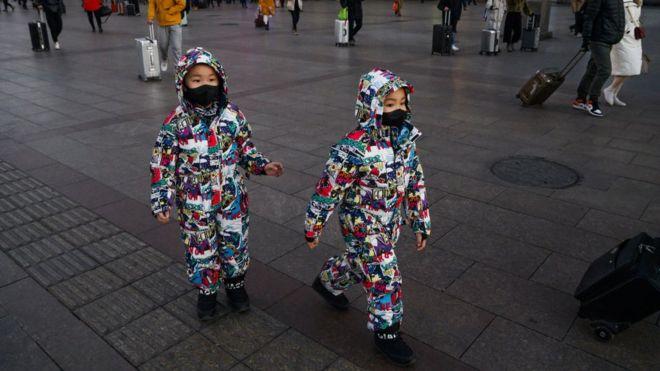 لم يصب بالفيروس إلا عدد قليل من الأطفال، وما زال الخبراء يحاولون التوصل إلى سبب ذلك Getty