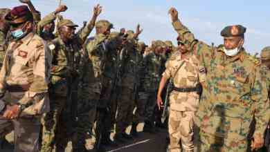 البرهان لدى زيارته شرق السودان