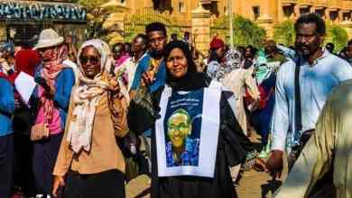الثورة السودانية وقودها الشباب والامهات والآباء أظهروا جسارة وصمود بعد فقد الأبناء الثوار