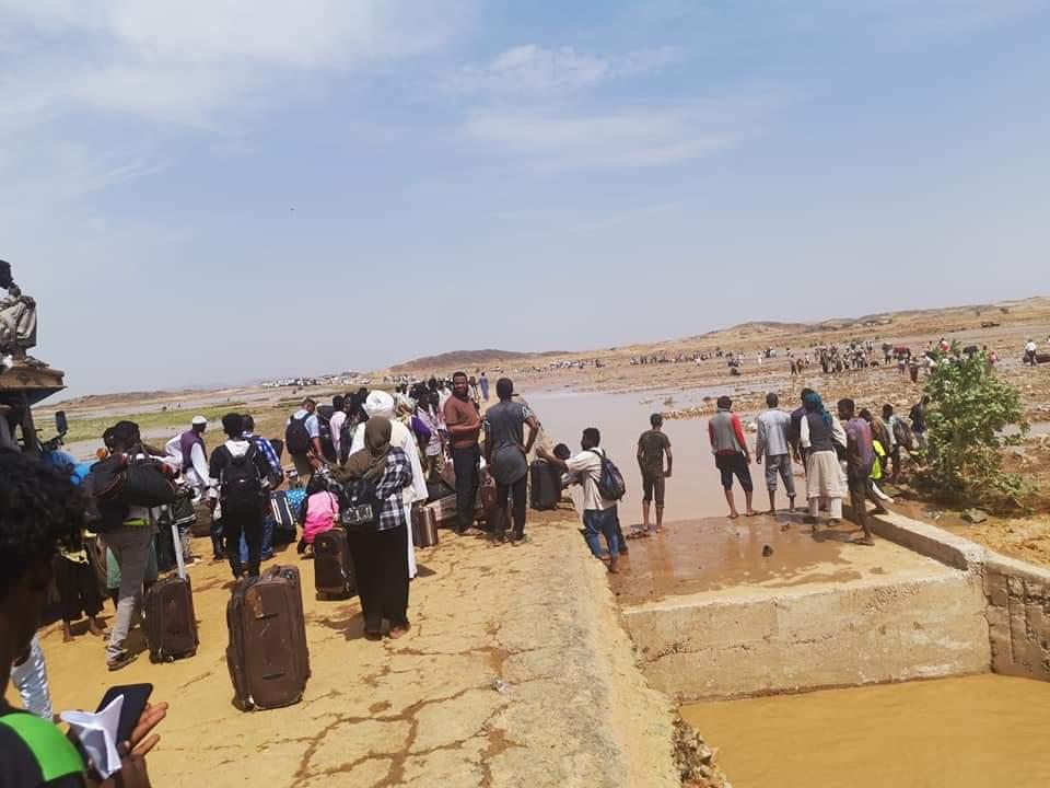 السيول تقطع الطريق القومي «الخرطوم بورتسودان»