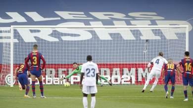 راموس يحرز الهدف الثاني للريال في مرمى برشلونة Reuters