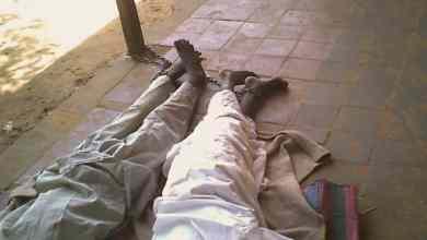 بعضهم أُجبر على النوم على الأرض في الحر الشديد BBC NEWS ARABIC