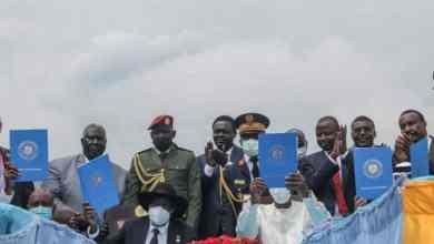 الحكومة المدنية تستقبل قادة الكفاح المسلح في الخرطوم