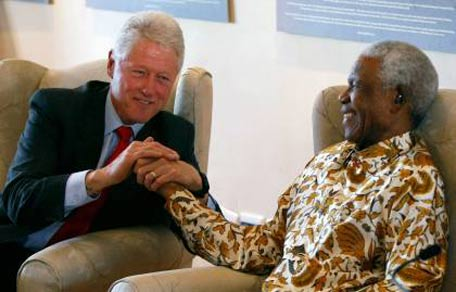 Nelson Mandela and former President Bill Clinton (Getty Images)