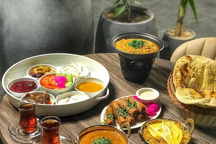 مطعم عصمنلي