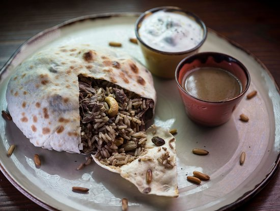 افضل مطاعم شارع الامير محمد بن فهد