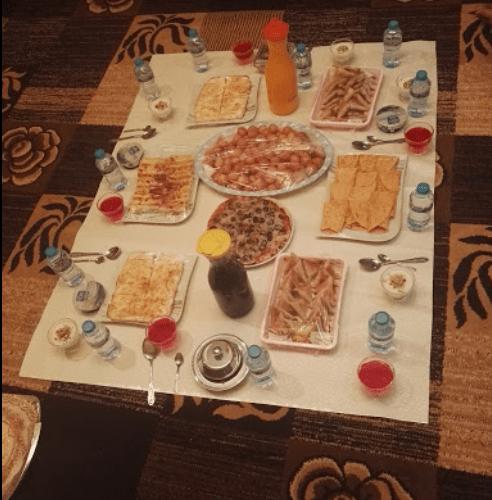 مطعم الكروان البخاري الاحساء