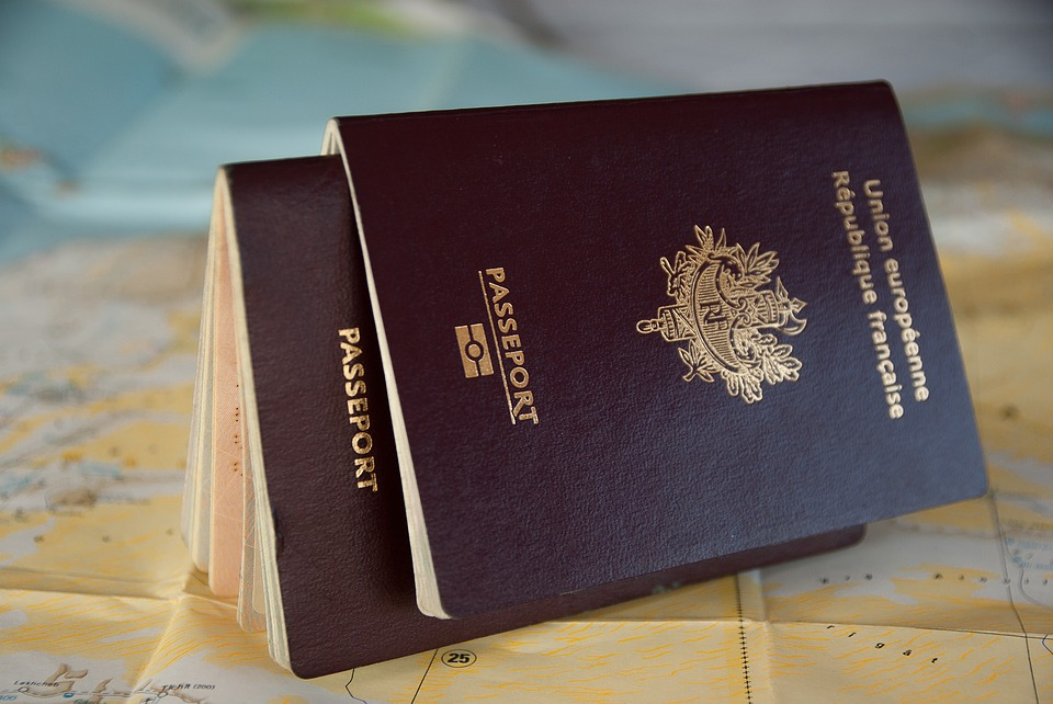 Passeport français - Taxe omra - ALSIRATE VOYAGE Hajj & Omra