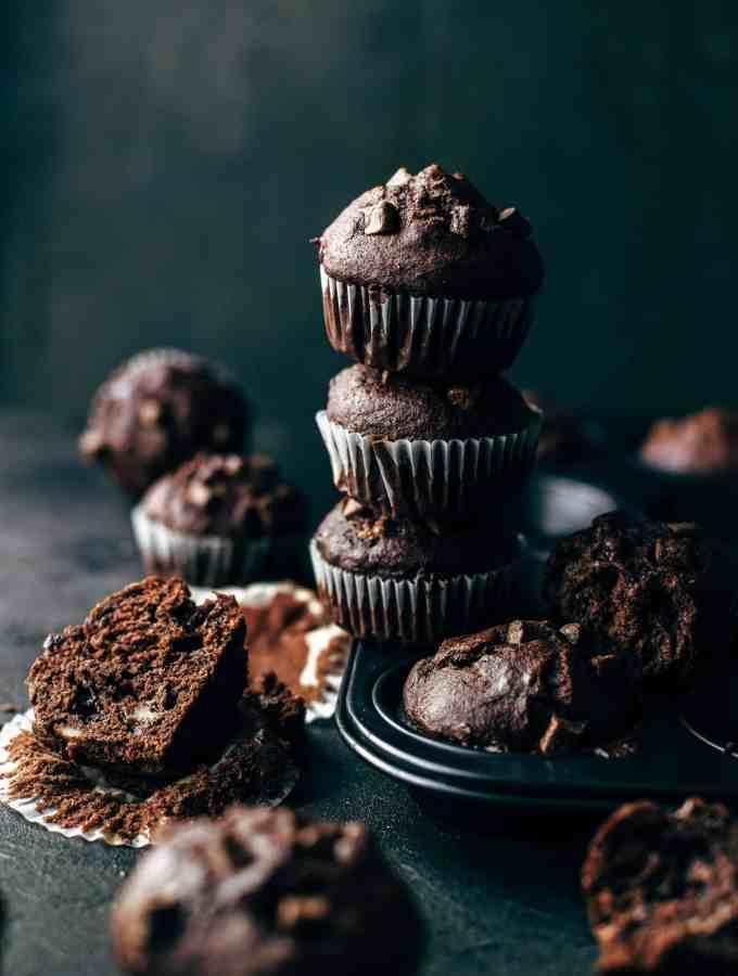 Soft and Moist Banana Chocolate Muffins Recipe