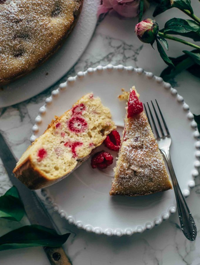 Easy Raspberry Cake Recipe From Scratch
