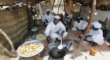 """مدير بنك الخرطوم """"محبط"""" من إقلاع المؤسسات الدولية عن التعامل مع السودان"""
