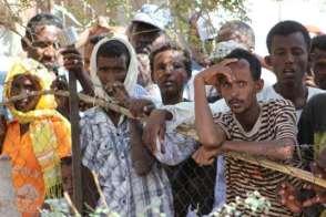 طالبي اللجوء الإرتريين بين سندان ( عصابات الاتجار في البشر  و الابعاد القسري )