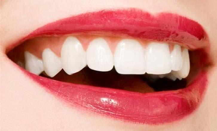 As 3 Formas Naturais Com Mais Sucesso Para Clarear Os Teus Dentes E