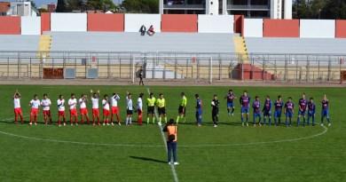 Sporting Altamura - Cellamare 2005: le squadre schierate a centrocampo