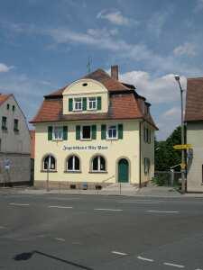 Gebäude Front