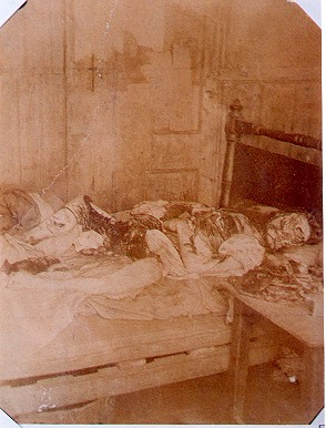 Mary Jane Kelly dead in her room