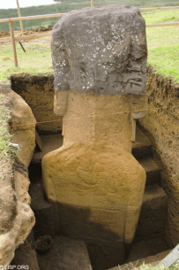 Strange petroglyphs found on and around the Easter Island statues