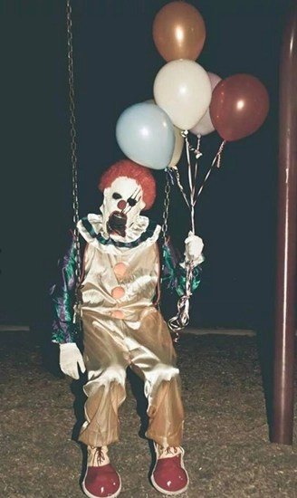 Scary clowns are causing a stir in Bakersfield/Wasco, California