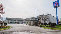 Motel 6 where body of Afrika Hardy was found in bathtub