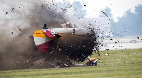 Hi-Speed photo captures wing walker Jane Wicker plane crash