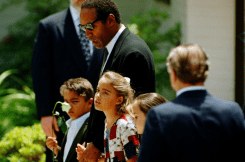 OJ Simpson and children at Nicole Brown funeral