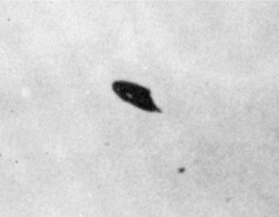 UFO over Phoenix, Arizona taken by William Rhodes. July 1947