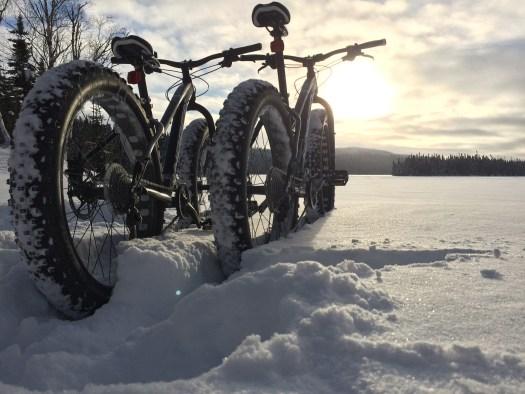 cyklar i snö