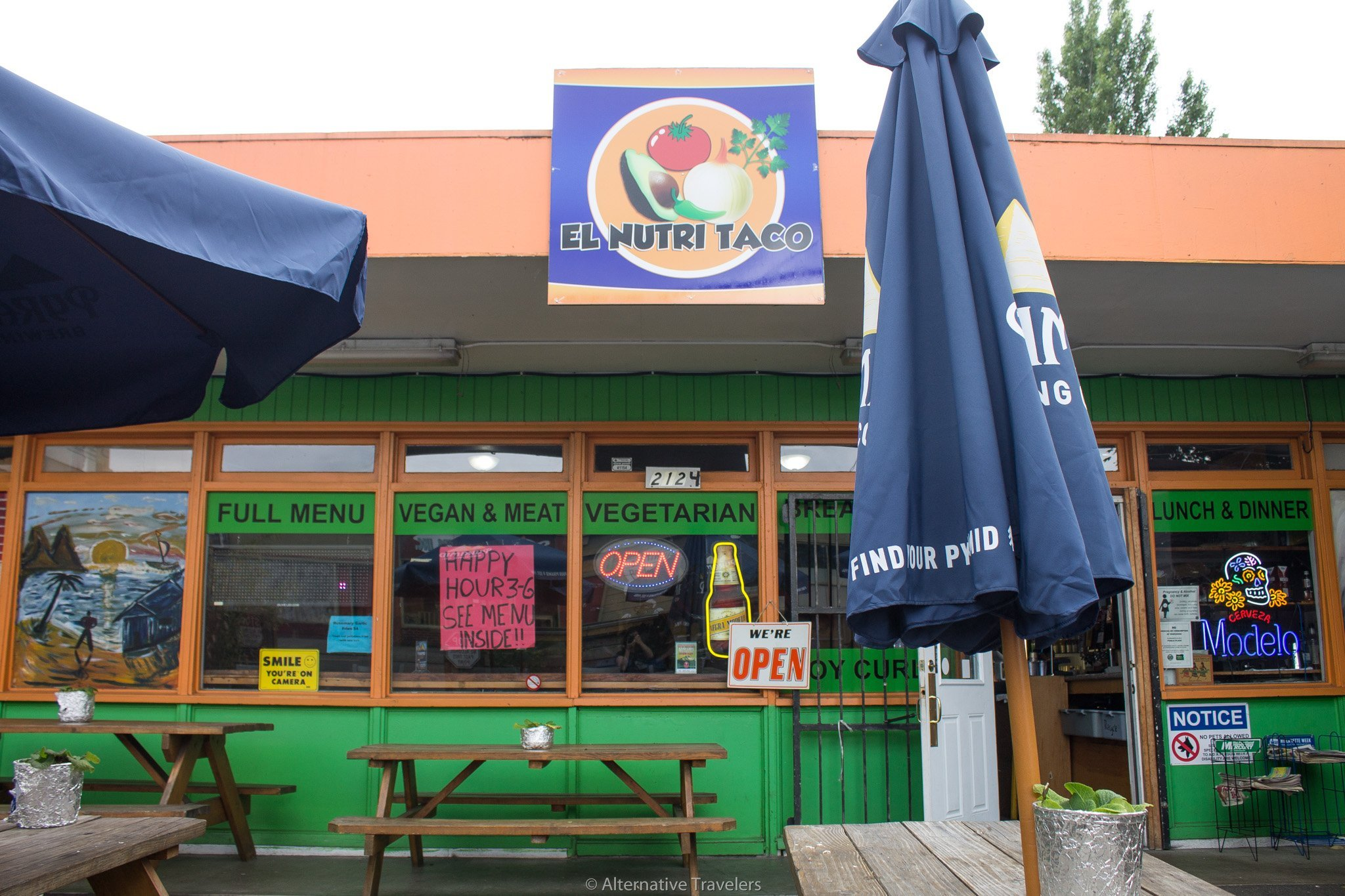 front of the original El Nutritaco in Portland