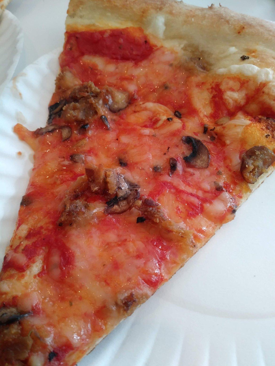 vegan plain cheese pizza at Screamer's pizzeria in New York