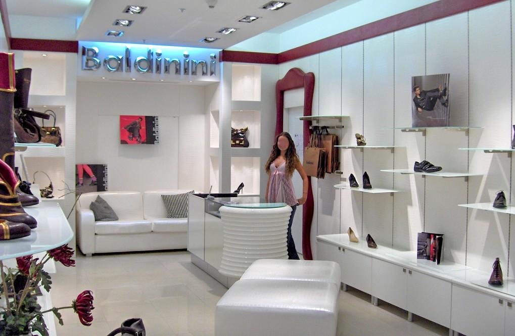 Casa moderna Roma Italy Arredamento negozi scarpe