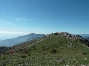 Altiplus, Club randonnée dans la 06, 29 octobre 2016 : le Gramondo; la croix au sommet