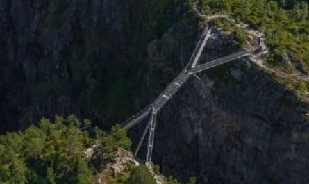 escalier cascade norvège