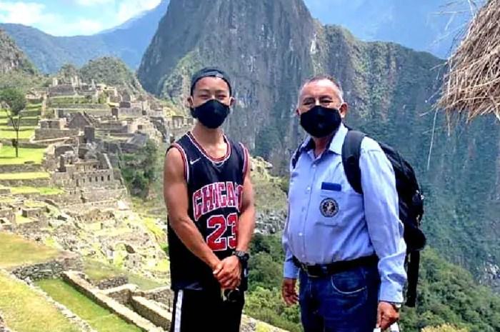 Ce touriste visite seul le Machu Picchu habituellement bondé !