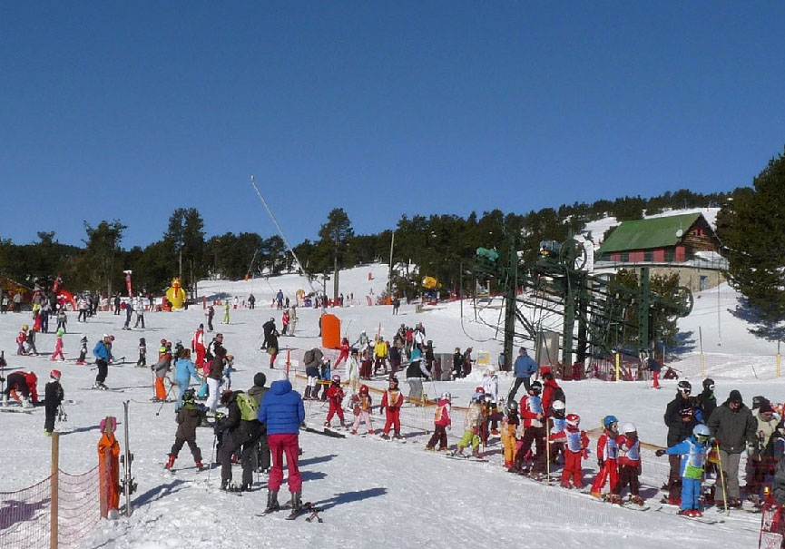 Skieurs enfants Font Romeu