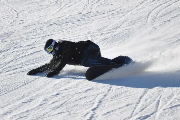 L'avenir des champions de snowboard se heurte à un règlement européen