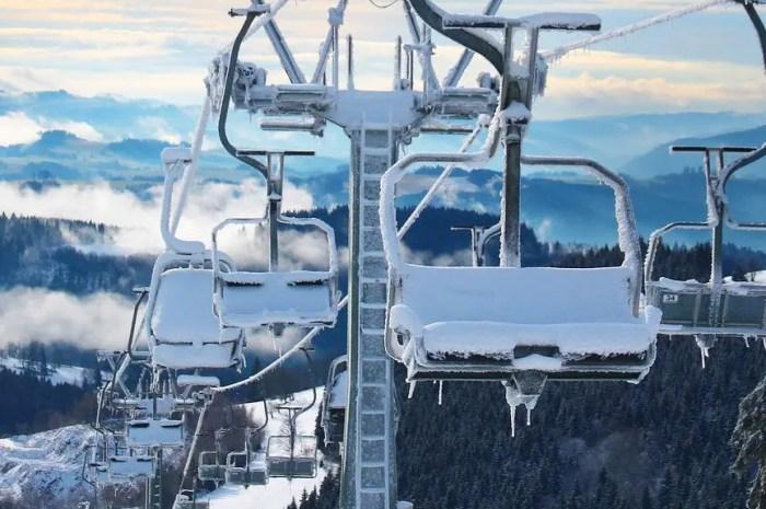 Les domaines skiables fermés en février, pas les stations !