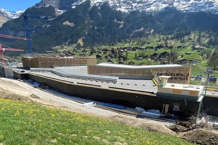 Un terminal digne d'un aéroport international pour une télécabine suisse !