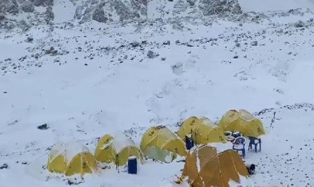 Camp de base K2