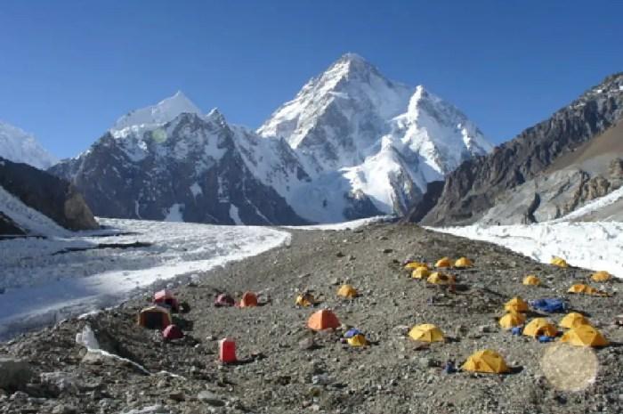 Polémiques au K2 : « il ont refusé de m'accueillir dans leurs tentes »